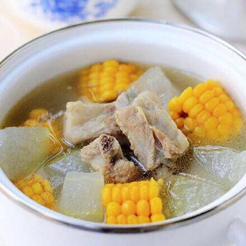 胡萝卜红枣排骨汤