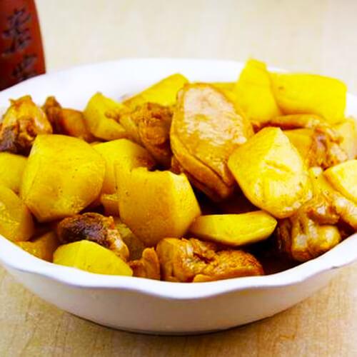 油滋炖白菜土豆
