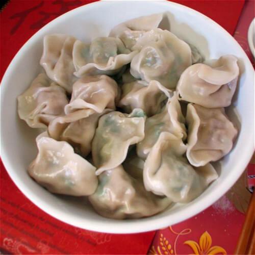 菠菜牛肉水饺