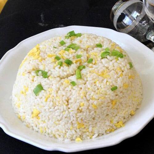 香葱鸡蛋炒饭