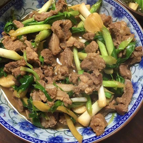 青蒜炒羊肉