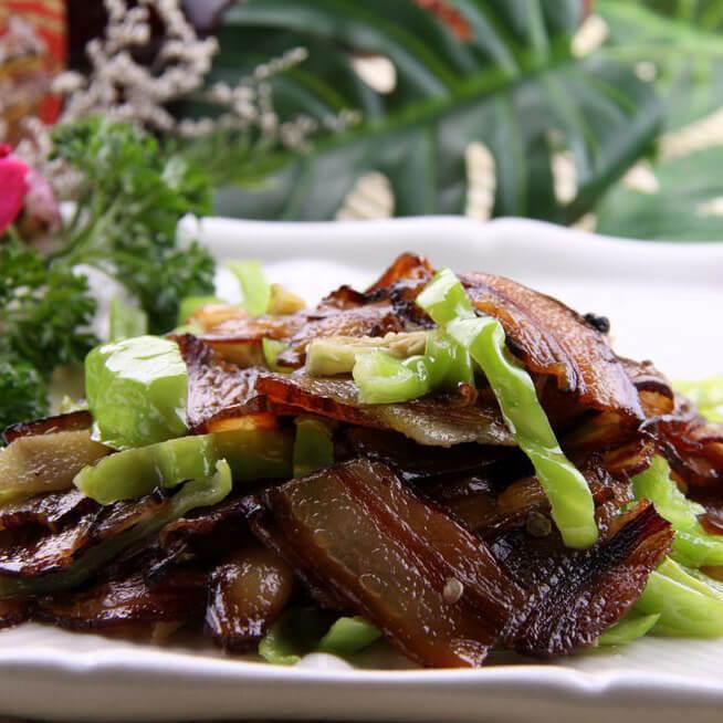 菰米炒腊肉