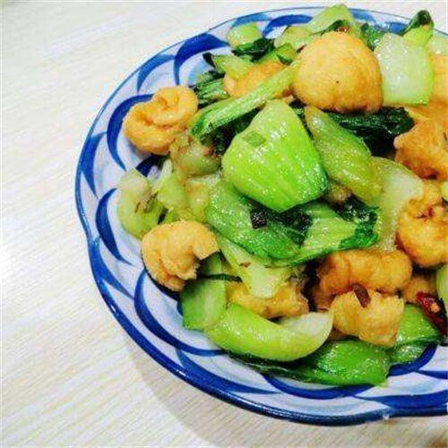 油菜炒油豆腐泡