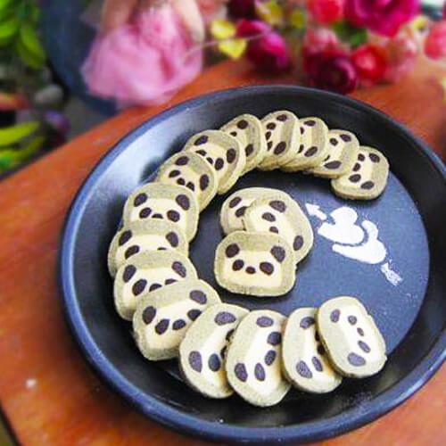 【小熊猫饼干】