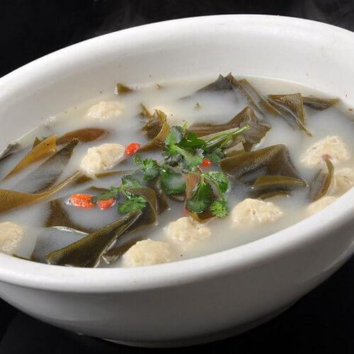 海带炖鲅鱼丸