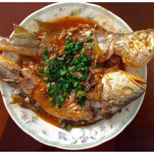 酥软的红烧黄花鱼的做法