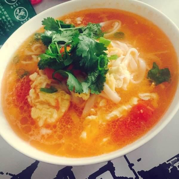 西红柿酱鸡蛋面