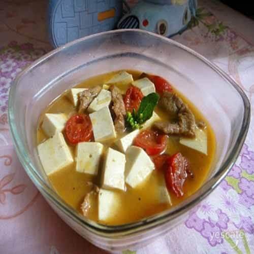 蘑菇豆腐西红柿汤