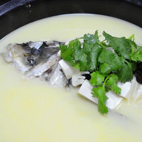 好喝的砂锅鱼头汤