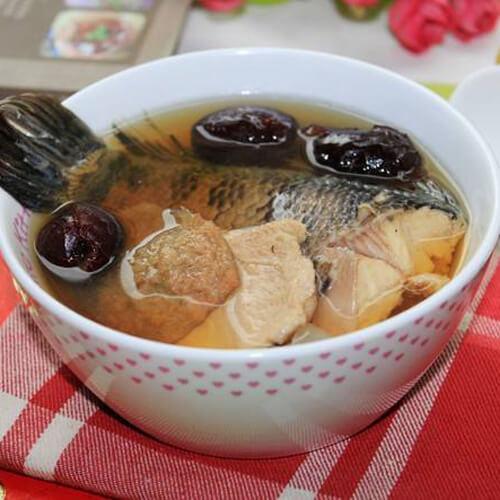 香浓的清炖鱼汤的做法