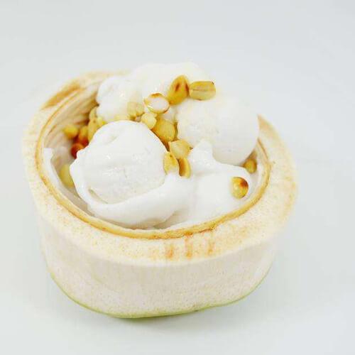 美味的椰子冰激凌