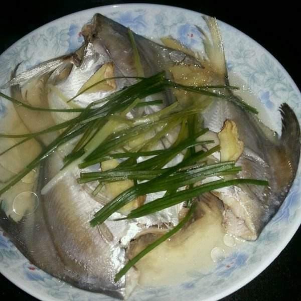 清蒸鲳扁鱼