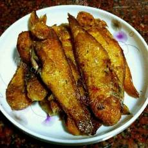 煎黄花鱼的做法