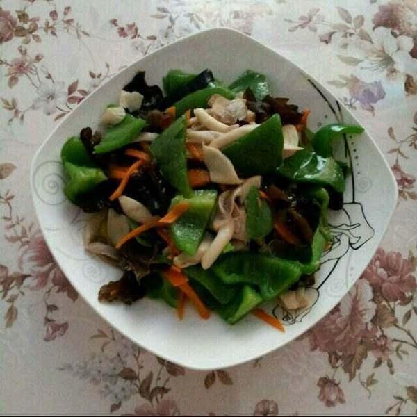 木耳豆腐干炒杏鲍菇