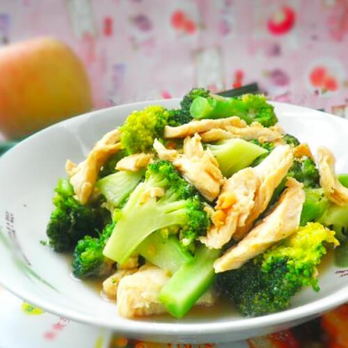 西蓝花炒鸡肉