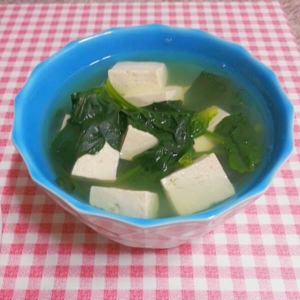 肉块菠菜豆腐汤