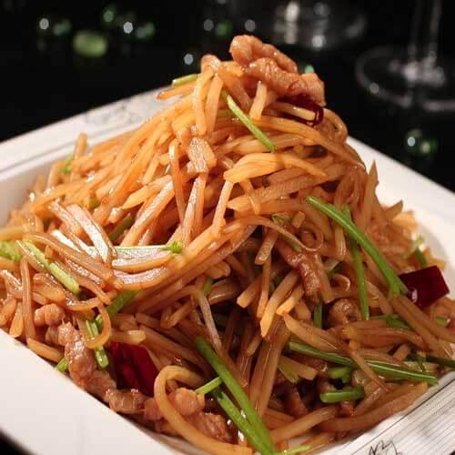 鸡腿菇土豆炒肉