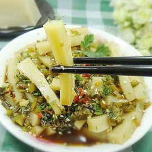 水腌菜拌黄豆腐