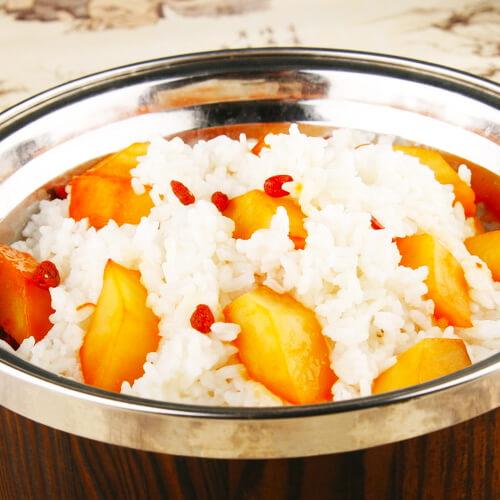 洋葱红薯野米饭