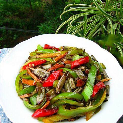 青红椒炒酸豆角
