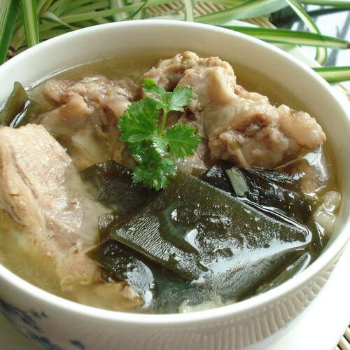 白萝卜海带排骨汤
