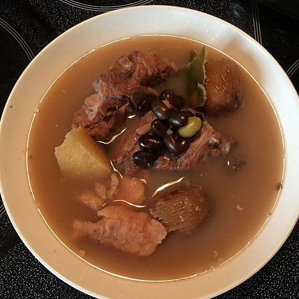 猪骨板栗汤