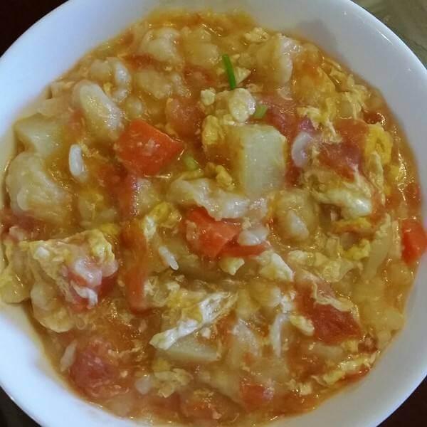 鸡蛋菠菜疙瘩汤