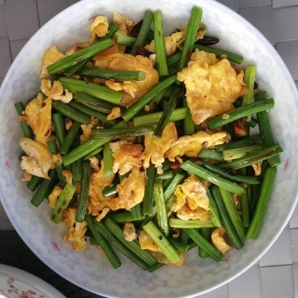 蒜薹炒鸡蛋(懒人版)