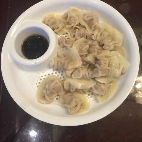 酸菜大肉水饺(原创)