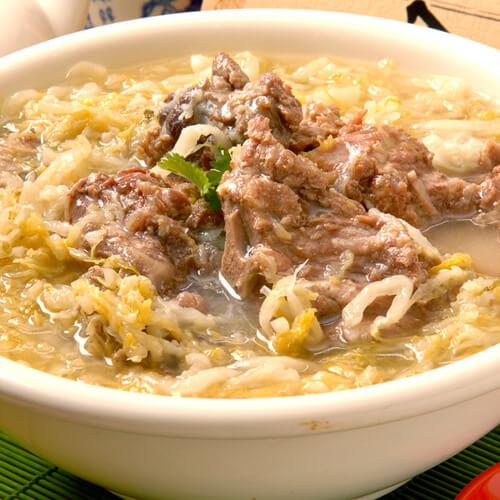 【DIY美食】羊肉炖酸菜