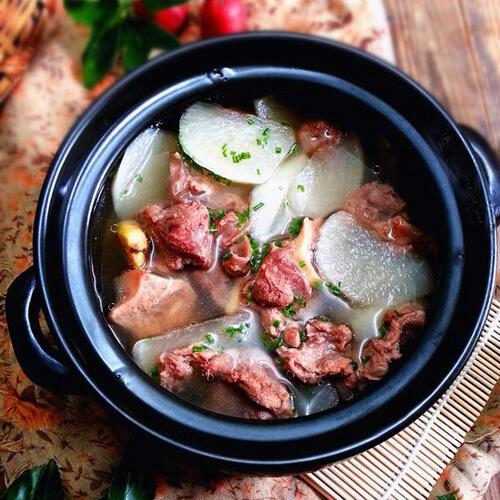 飘香羊肉萝卜汤的做法