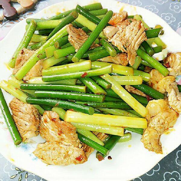 圆葱蒜苔炒肉