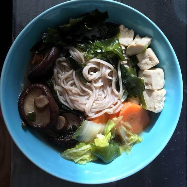胡萝卜菠菜汤面