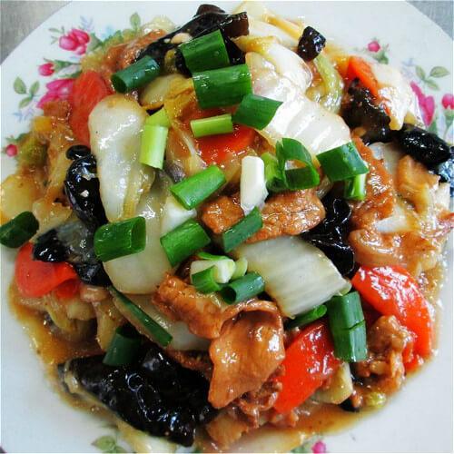 白菜炒木耳胡萝卜片