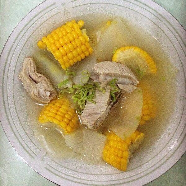 花菇玉米排骨汤