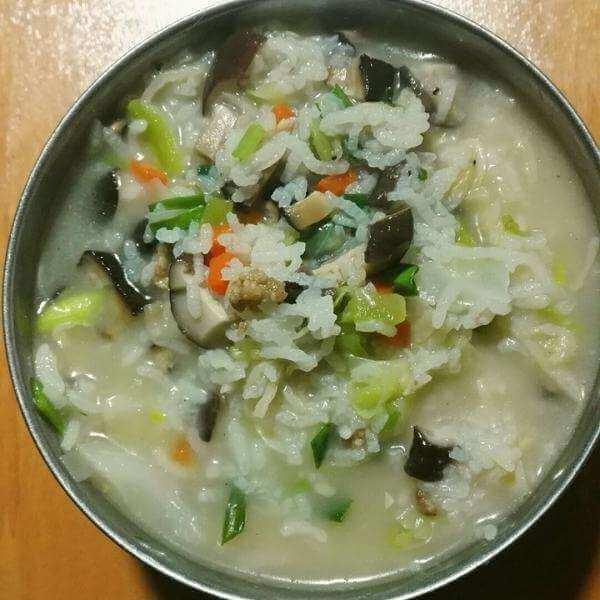 生姜青菜瘦肉粥