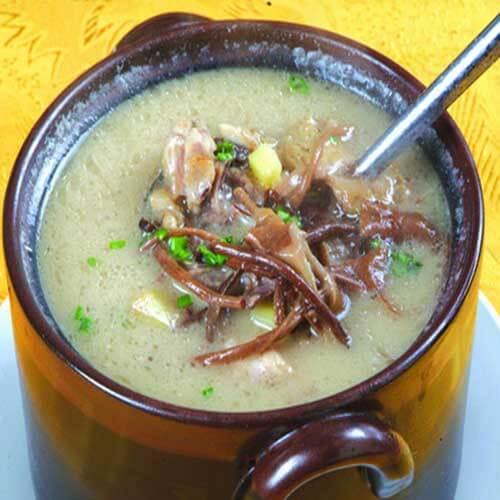 新鲜茶树菇炖鸡