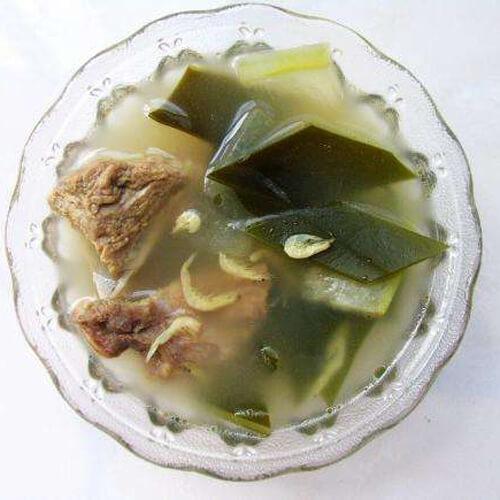 清淡冬瓜海带排骨汤的做法