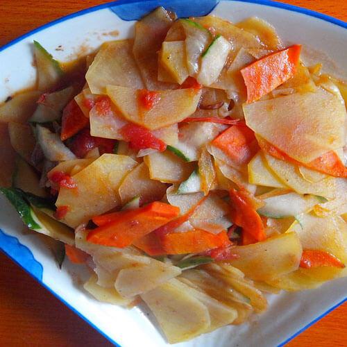 香肠土豆胡萝卜片