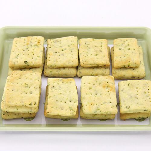 简单的香葱苏打饼干