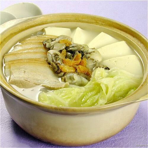 美味好吃的大白菜炖干豆腐