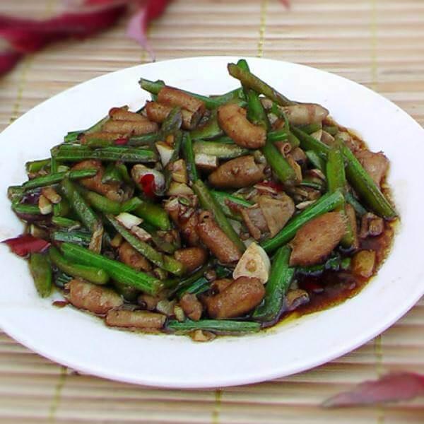 【DIY】鸭肠炒芹菜
