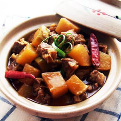 椒香白萝卜煮牛肉