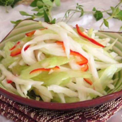 白菜芹叶拌油皮