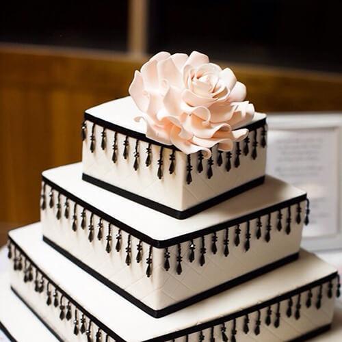 玫瑰花裱花蛋糕