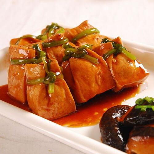 鲍汁油豆腐塞肉