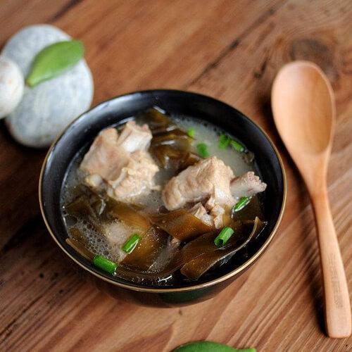 自制海带排骨汤做法