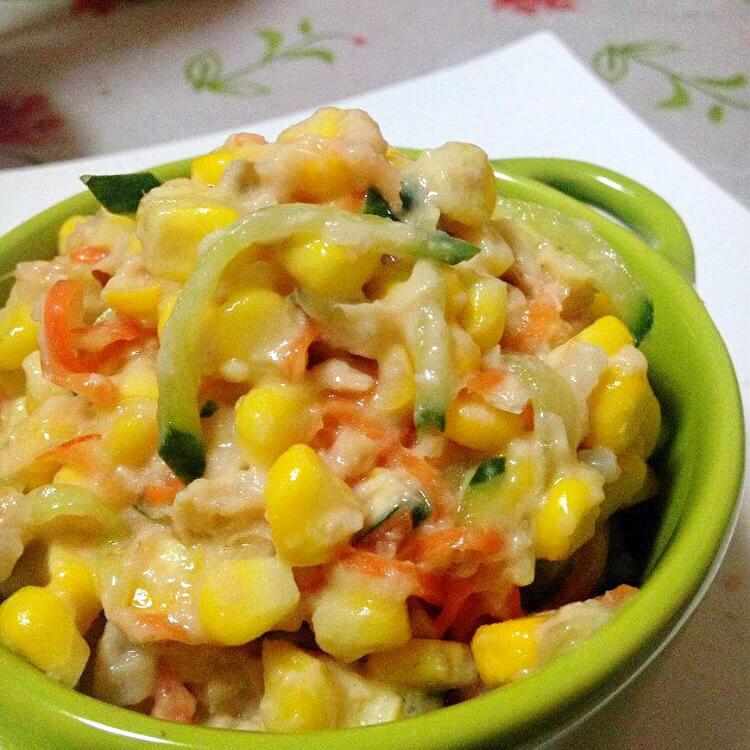 鲔鱼玉米沙拉