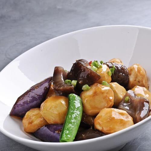 喷香的茄子土豆炖肉