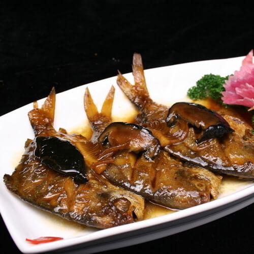 红烧米饭鲳鱼怎么煲图片